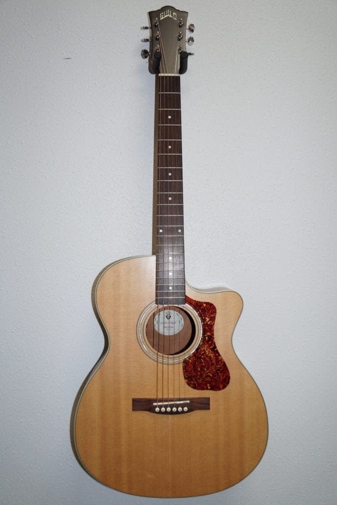 Guild Westerly OM 240CE Orchestra Acoustic-Electric Guitar Natural Sitka Spruce