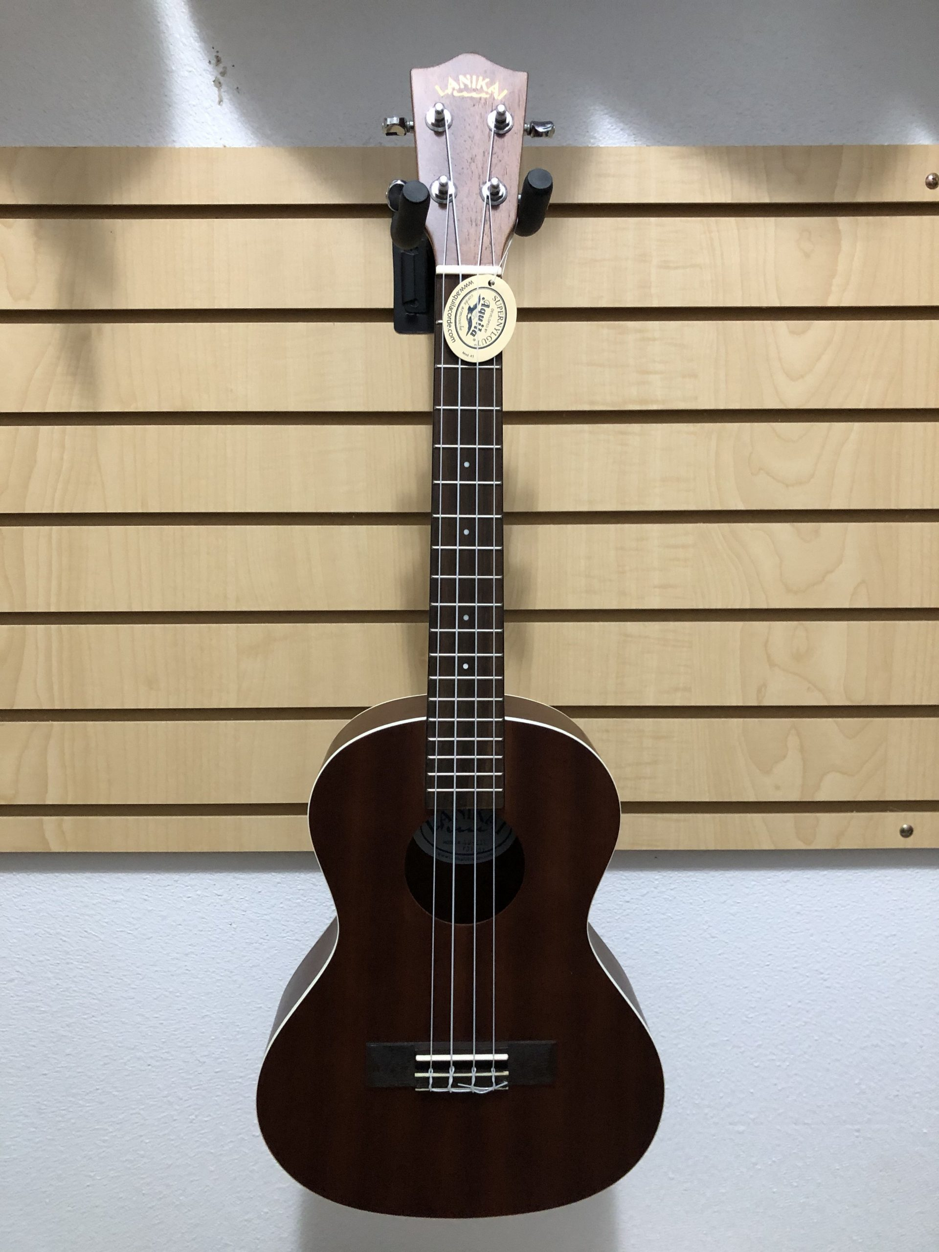 Lanakai LU-21-T Tenor Ukulele – Sweet Combination of New Woods in a Classic Tenor Design