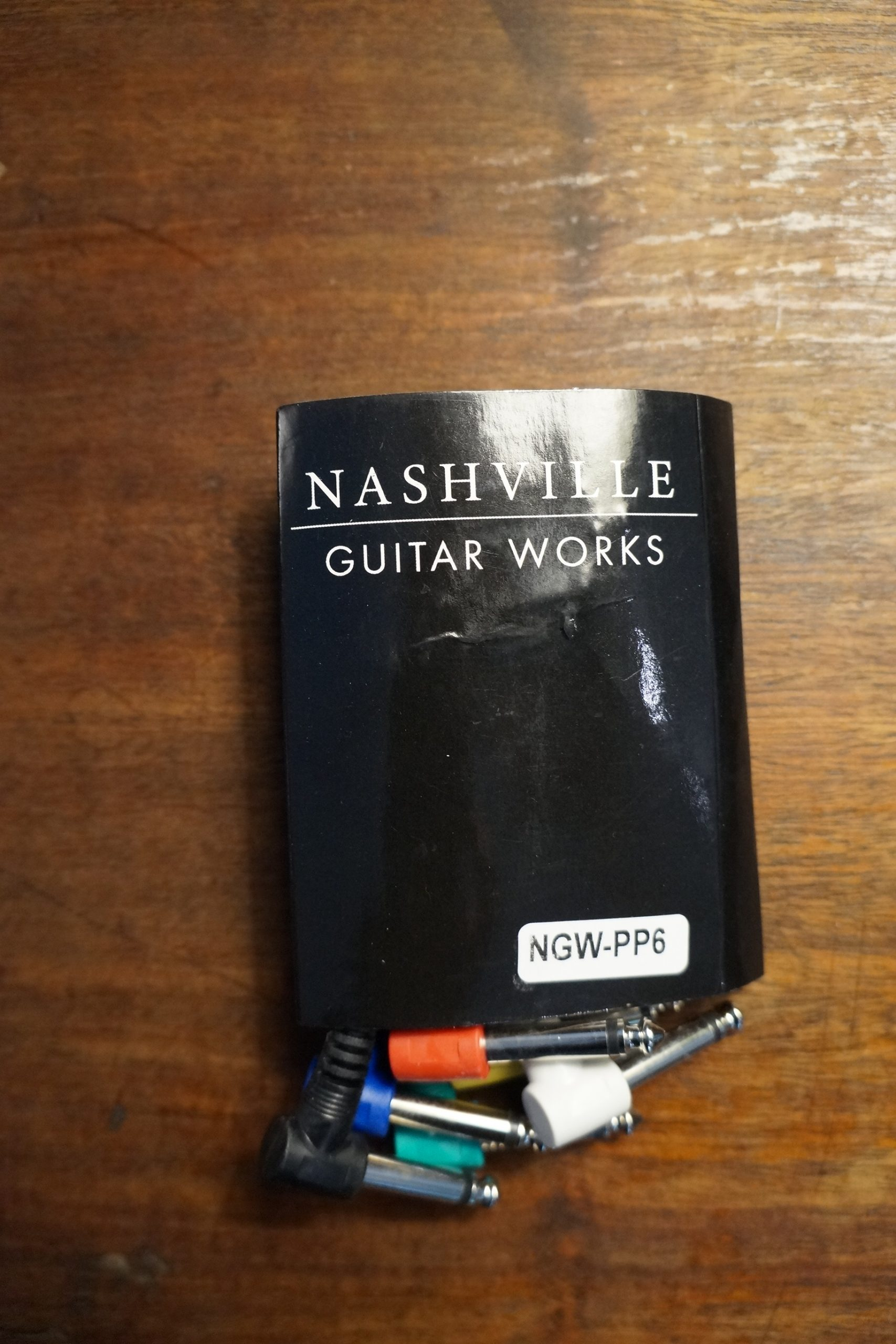 Nashville Guitar Works Pedal Patch Cables with Molded L connectors, Pack of 6 (New)