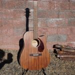 Acoustic Electric Fender in deep Mahogany