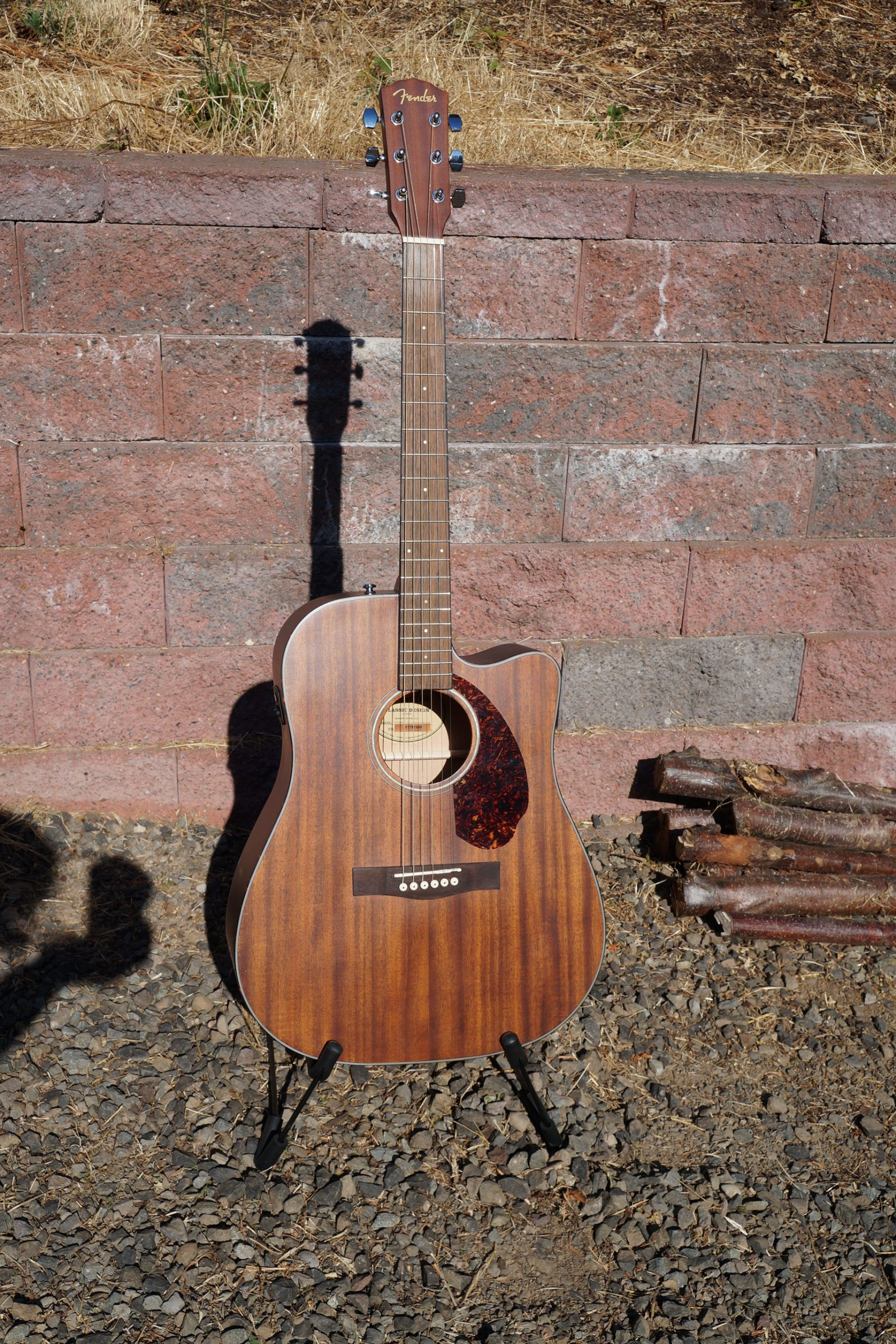 Fender Classic Design CD60SCE Acoustic/Electric Dreadnought Guitar: Mahogany with Accessory Pack