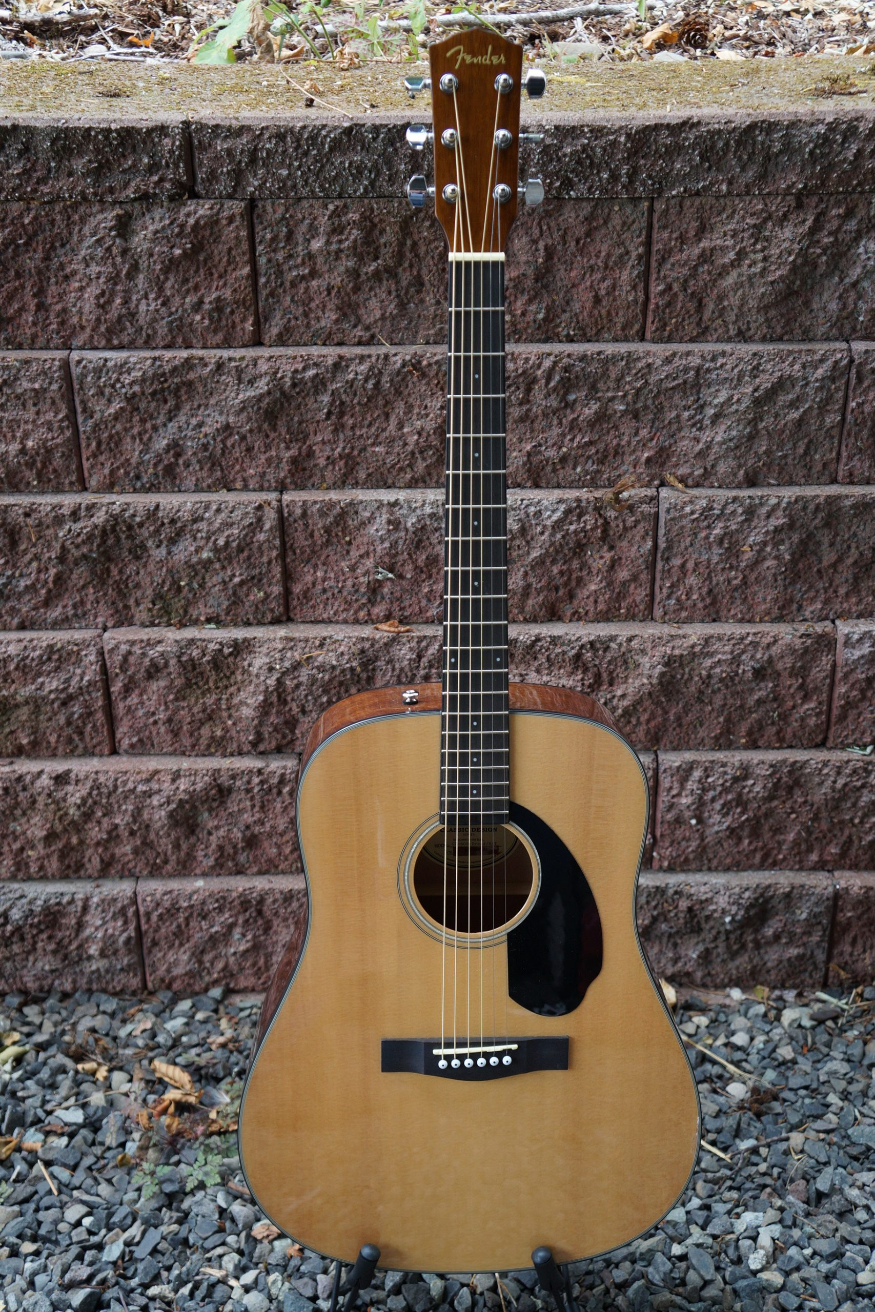 Fender CD60S Classic Design Dreadnought Acoustic Guitar in Natural Finish with Accessory Pack