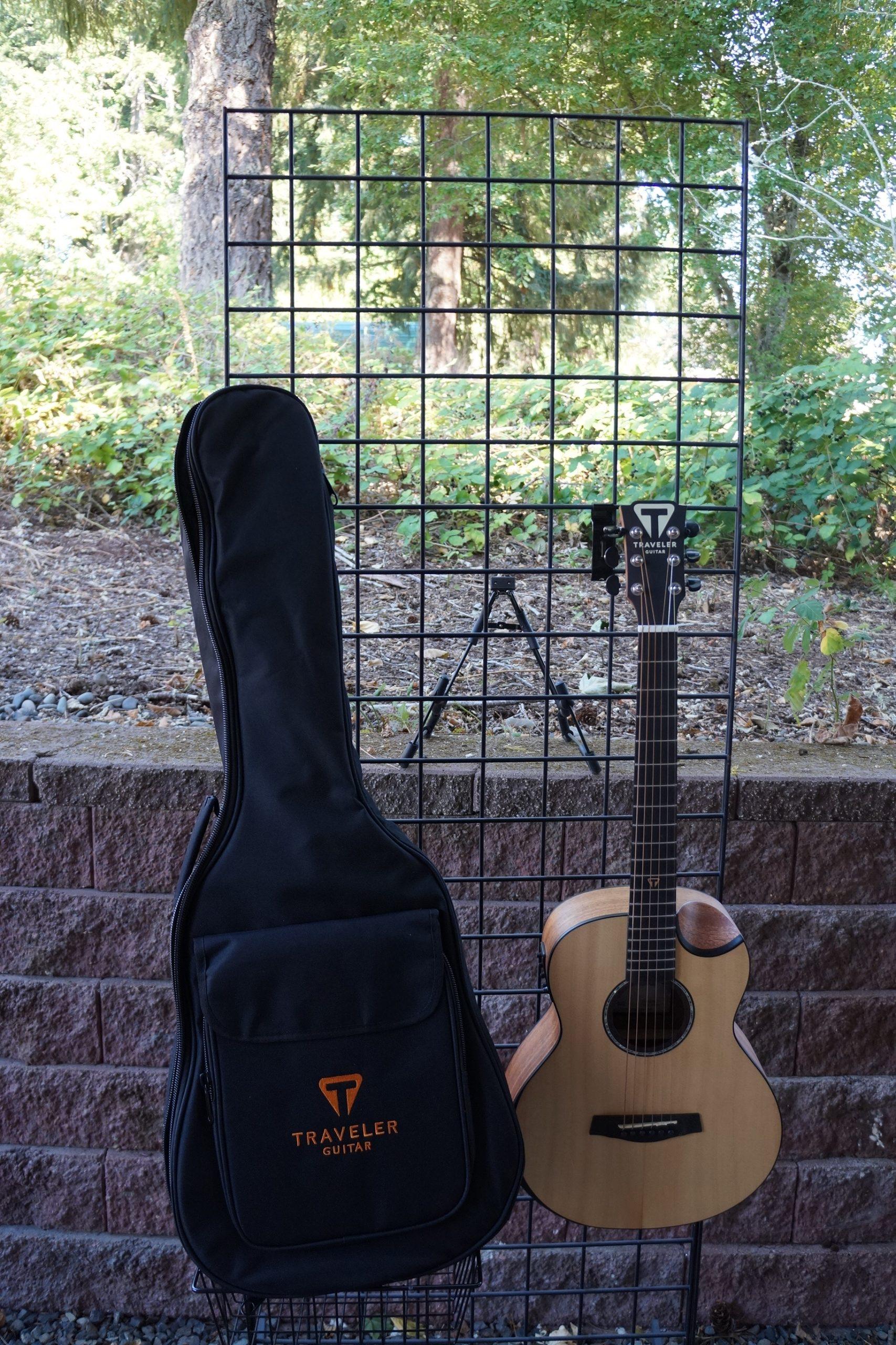 Traveler Redlands Acoustic Electric Concert Guitar: Spruce with Gigbag
