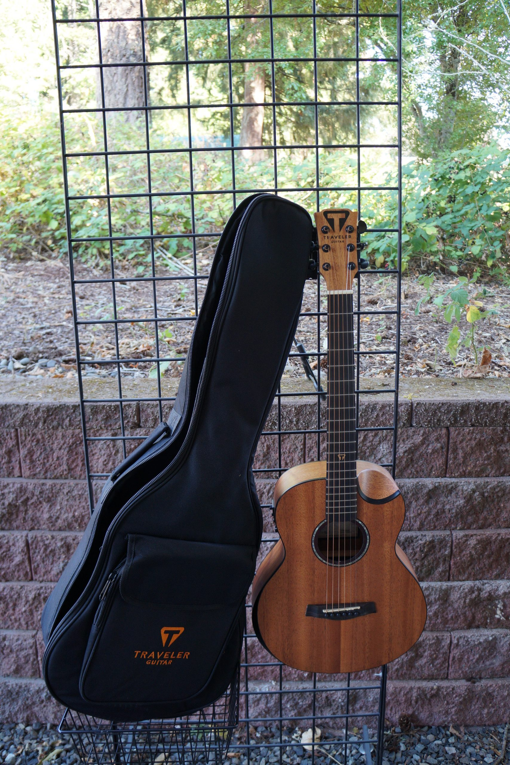 Traveler Redlands Concert A/E Guitar: Mahogany with Gigbag