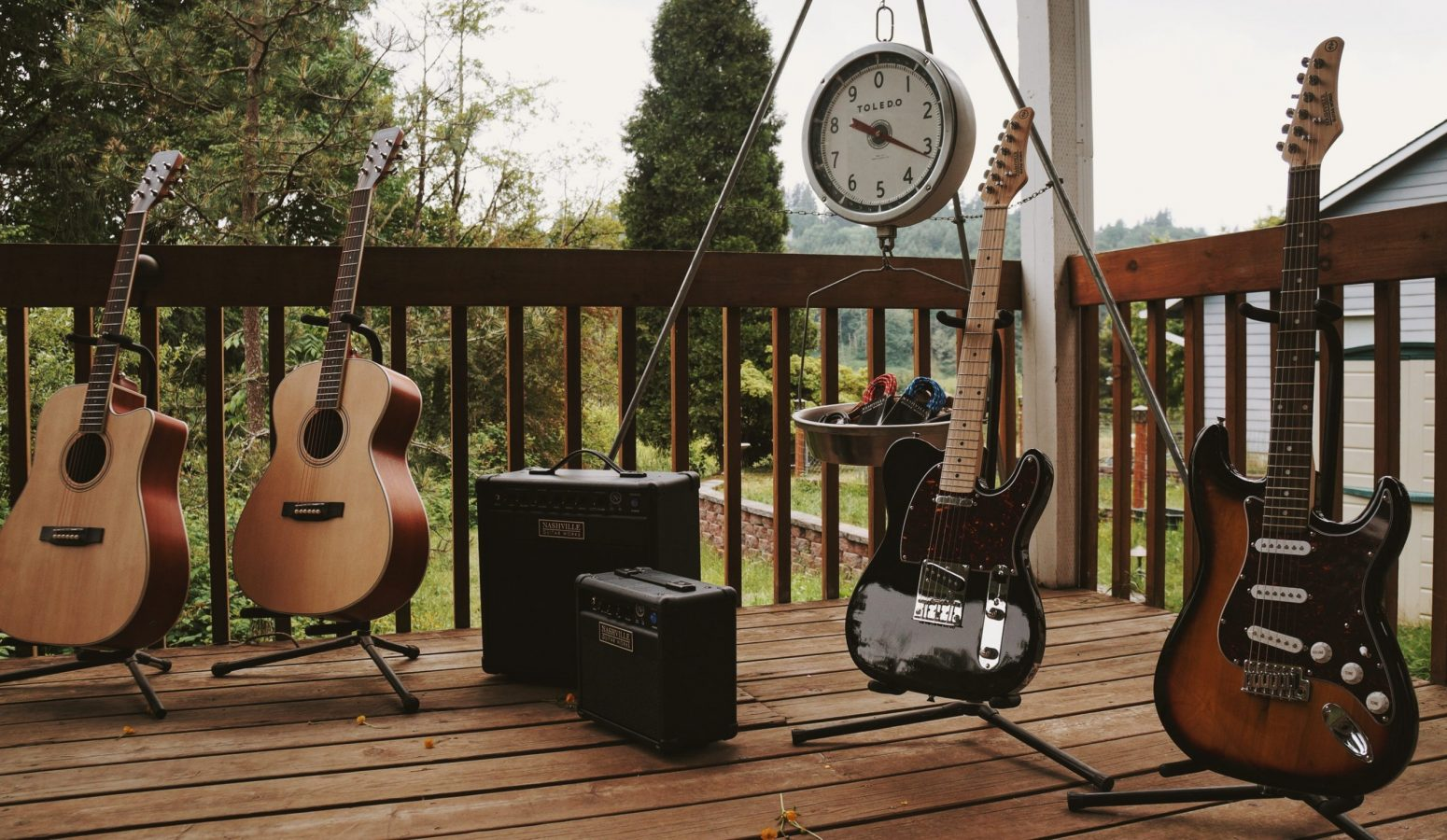 Aucoustic electric, electric, stratocaster, telecaster